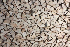 Aufgestapeltes Holz