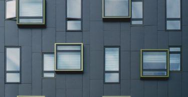 Fenster mit Schutz auch bei gekipptem Fenster