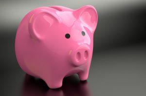 Sparschwein mit Einkommen Kredit Voraussetzungen